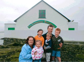 DPNLive - Connemara Smokehouse - Graham, Saoirse Roberts & Family