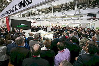 Crowds gathered at FESPA Digital 2014 in Munich to see the new Océ Arizona 6170 XTS being unveiled at its worldwide premiere