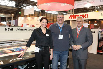 L-R - I-Sub Digital's Emma Plant, Graphic Station's Paul Fox, and Hybrid's Peter Mitchell at Sign & Digital UK 2014